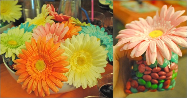 Also brought to you by hostess Jenny: a centerpiece that becomes a favor. I'm going to Pinterest this so hard.