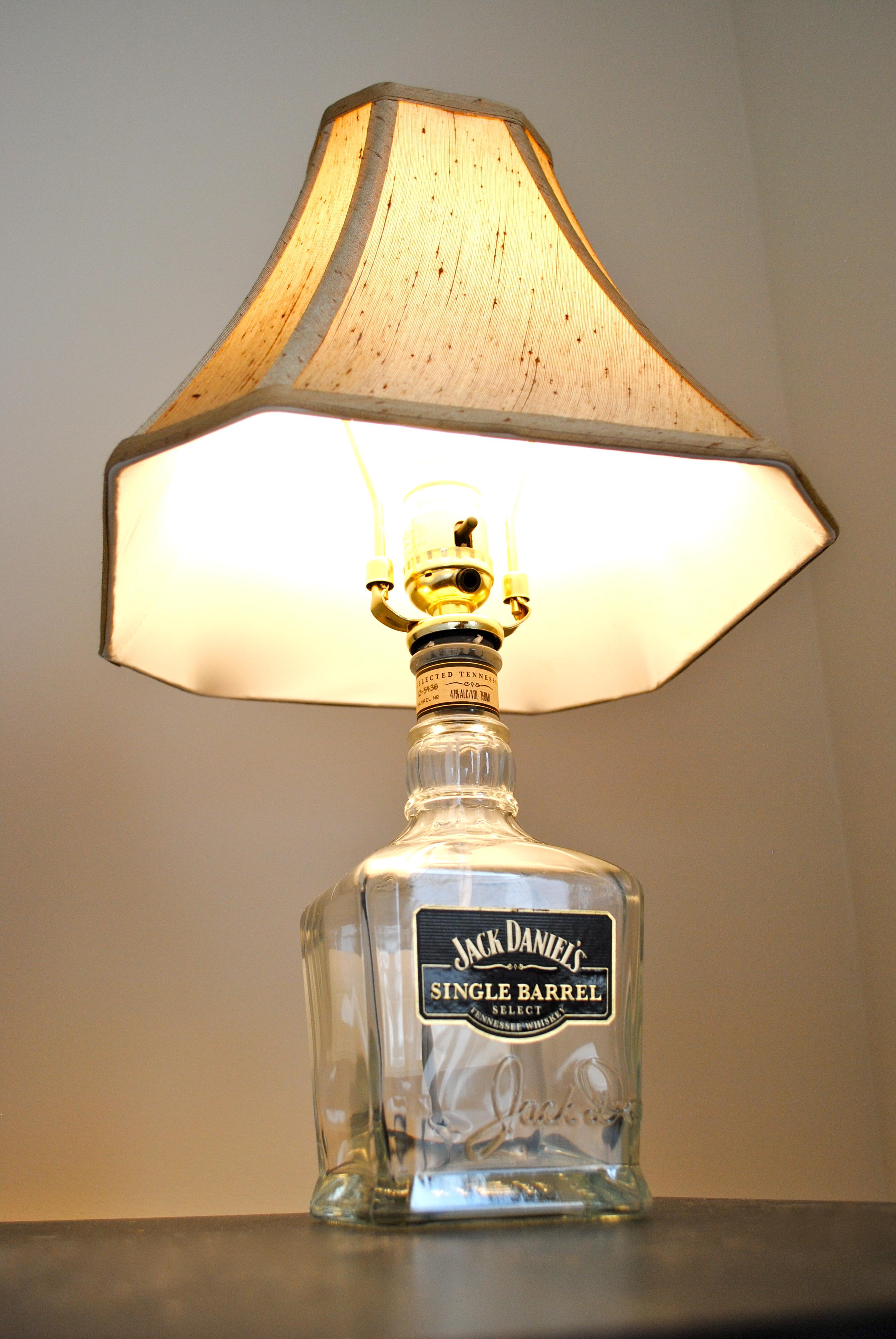 DIY Jack Daniels Lamp